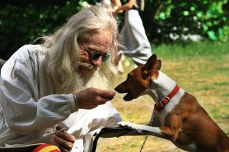 Sharing a treat at the 2015 Gathering. Photo courtesy of Kylie Moroney.