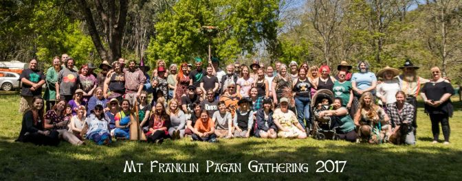 The group photo, 2017. Photo by Kylie Moroney Photography.